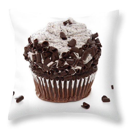 Chocolate Throw Pillow featuring the photograph Oreo Cookie Cupcake by Andee Design