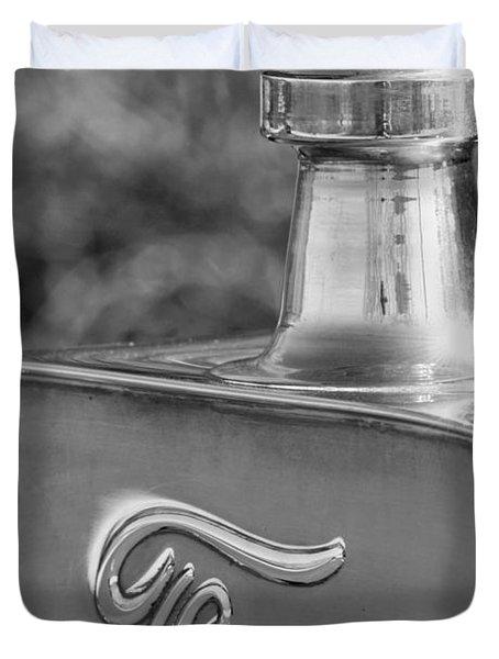 1911 Ford Model T Torpedo 4 Cylinder 25 Hp Hood Ornament  Emblem Duvet Cover by Jill Reger