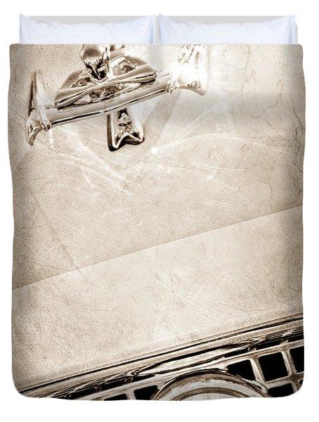 1960 Nash Metropolitan Hood Ornament - Grille Emblem Duvet Cover by Jill Reger