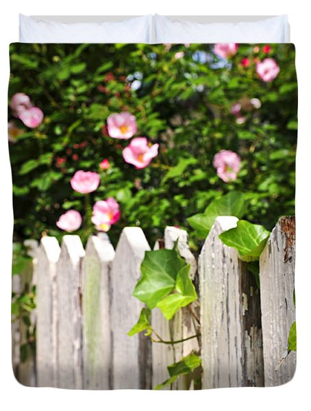 Garden fence with roses Duvet Cover by Elena Elisseeva
