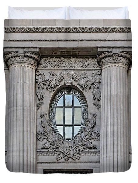 Grand Central Terminal Facade  Duvet Cover by Susan Candelario