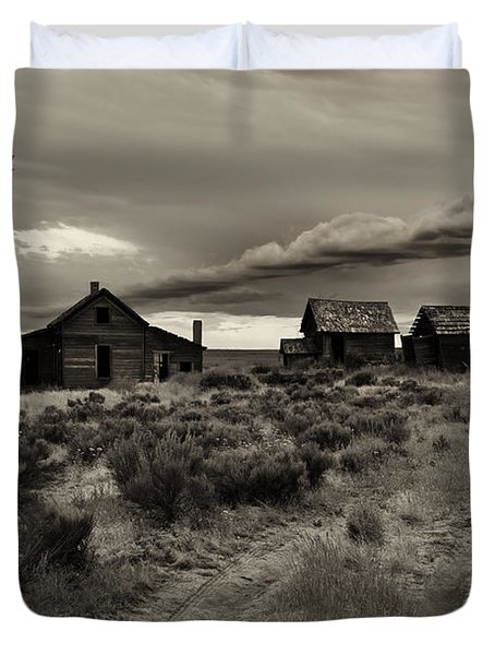 Lonely House On The Prairie Duvet Cover by Mike  Dawson