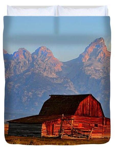 Mormon Row And The Grand Tetons  Duvet Cover by Ken Smith