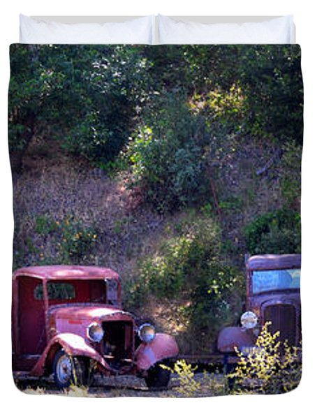 Oldtimers Rendezvous Duvet Cover by Lynn Bauer