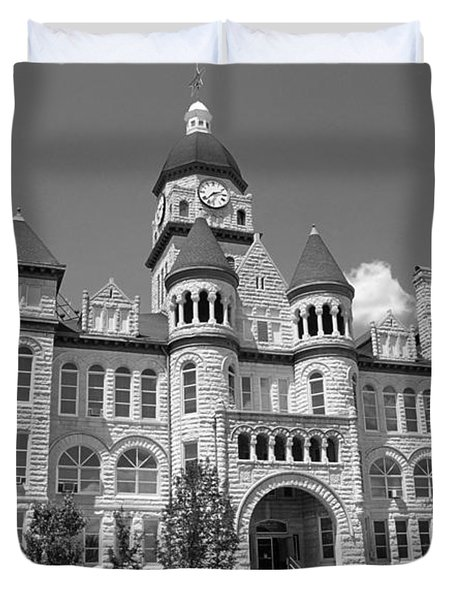 Route 66 - Jasper County Courthouse Duvet Cover by Frank Romeo
