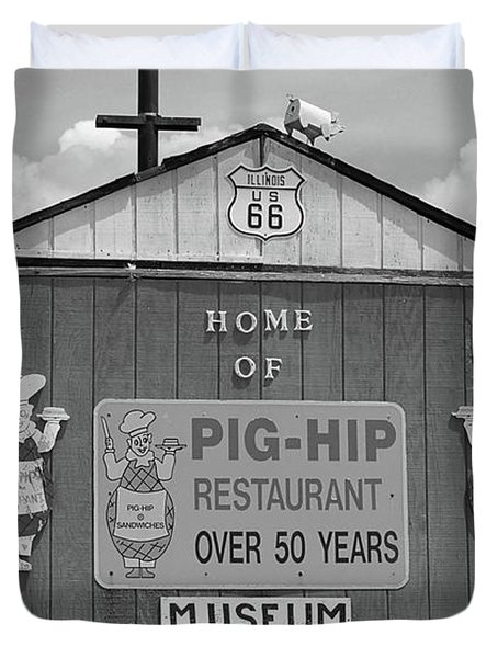 Route 66 - Pig-Hip Restaurant Duvet Cover by Frank Romeo