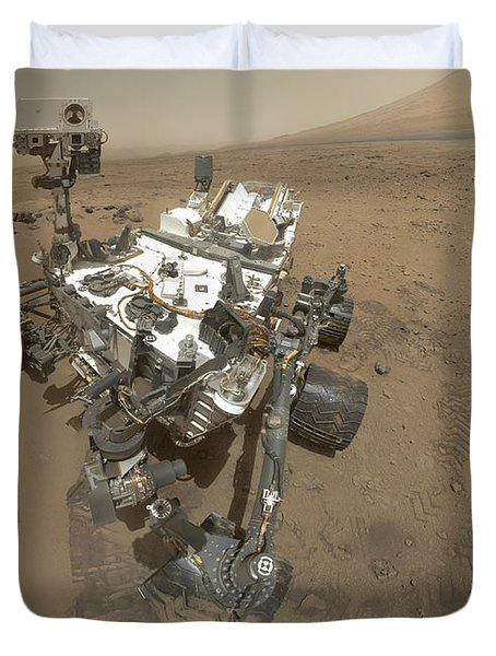 Self-portrait Of Curiosity Rover Duvet Cover by Stocktrek Images
