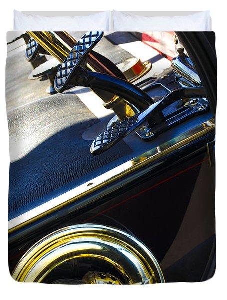 1907 Panhard et Levassor Demi Toneau 38 HP Horn Duvet Cover by Jill Reger