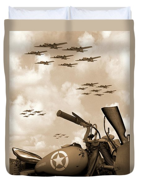 1942 Indian 841 - B-17 Flying Fortress' Duvet Cover by Mike McGlothlen