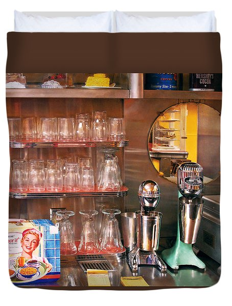 1950's - Diner - A 1950's Diner Duvet Cover by Mike Savad