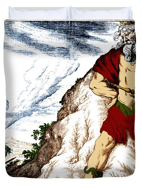 Atlas And Perseus, Greek Mythology Duvet Cover by Photo Researchers