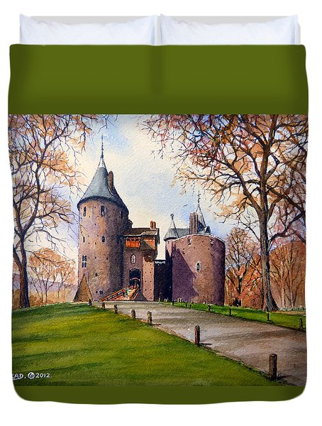 Castell Coch  Duvet Cover by Andrew Read