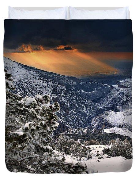 Sun Rays Duvet Cover by Guido Montanes Castillo