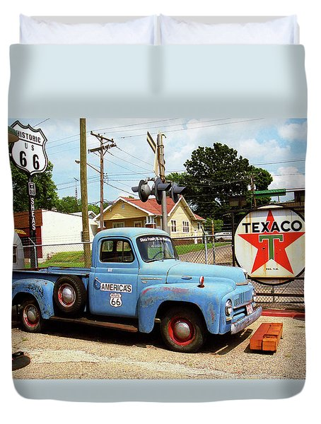 Route 66 - Shea's Gas Station Duvet Cover by Frank Romeo