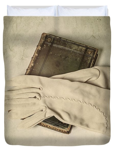 Time To Read Duvet Cover by Joana Kruse