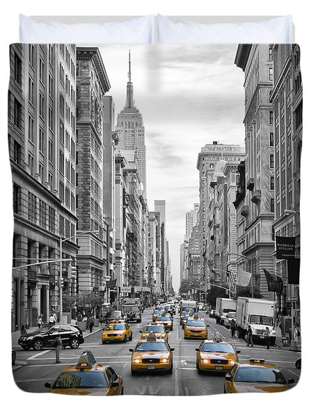 5th Avenue Yellow Cabs Duvet Cover by Melanie Viola