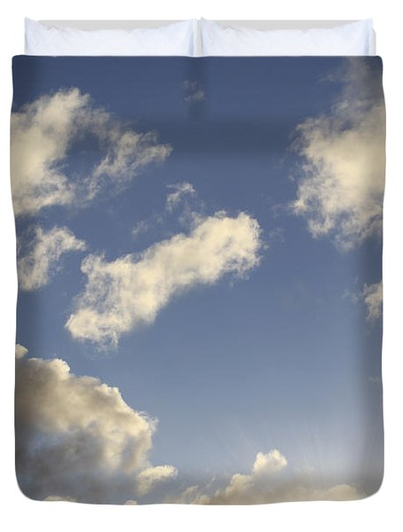 Sky Duvet Cover by Les Cunliffe