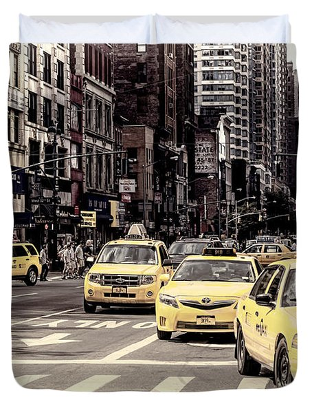 6th Avenue Nyc Yellow Cabs Duvet Cover by Melanie Viola