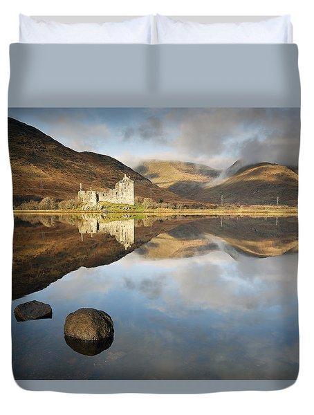 Kilchurn Castle Duvet Cover by Grant Glendinning