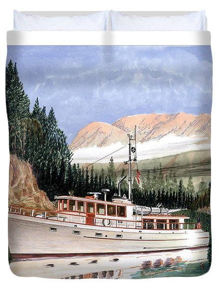 75 foot classic bridgrdeck yacht Duvet Cover by Jack Pumphrey