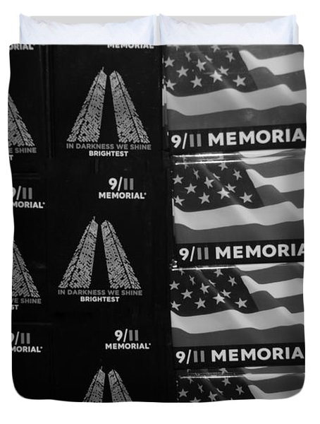 9/11 Memorial For Sale In Black And White Duvet Cover by Rob Hans