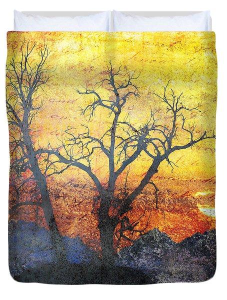 A Brilliant Observer of Life Duvet Cover by Brett Pfister