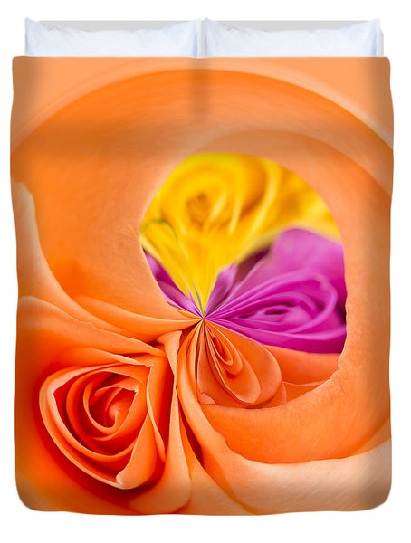 A Round Of Roses Duvet Cover by Anne Gilbert