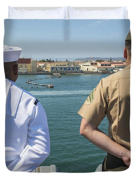 A Sailor And Marine Man The Rails Duvet Cover by Stocktrek Images