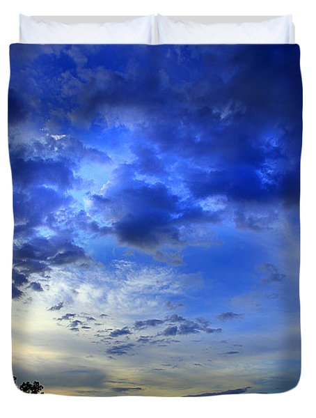 A Smoky Mountain Dawn Duvet Cover by Michael Eingle