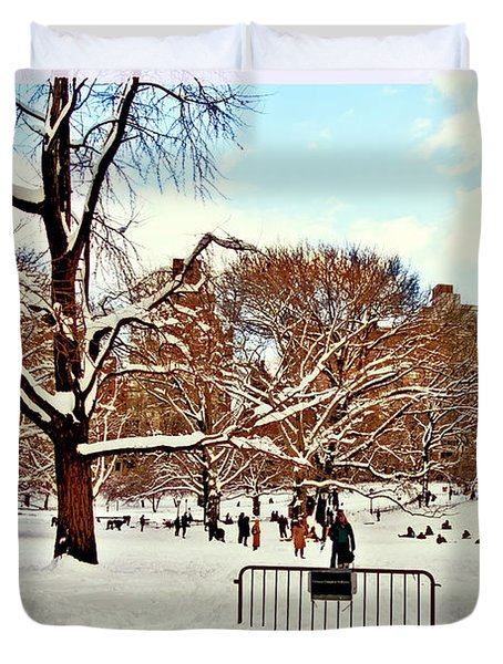 A Snow Day In Central Park Duvet Cover by Madeline Ellis