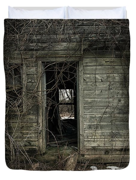 Abandoned House - Enter House on the Hill Duvet Cover by Gary Heller
