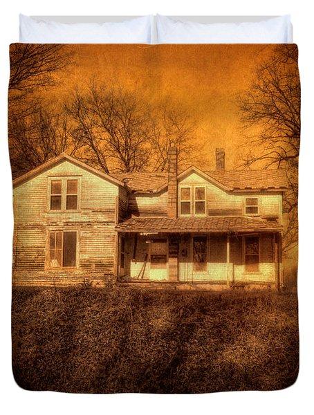 Abandoned House Sunset Duvet Cover by Jill Battaglia