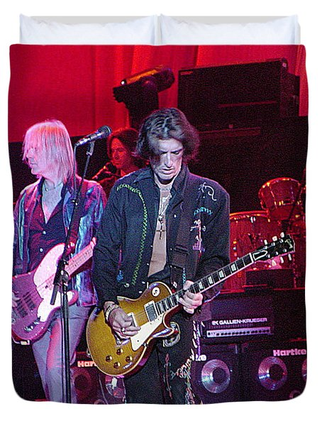 Aerosmith-joe Perry-00019 Duvet Cover by Gary Gingrich Galleries