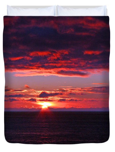 Alaskan Sunset Duvet Cover by Bob Hislop