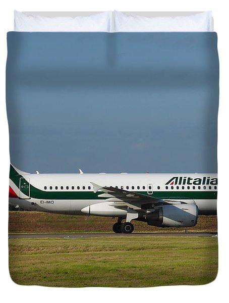 Alitalia Airbus A319 Duvet Cover by Paul Fearn