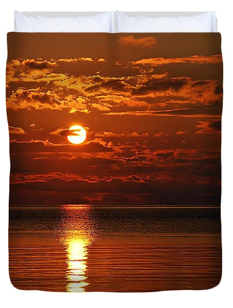 Amazing Sunset Duvet Cover by Aimee L Maher Photography and Art