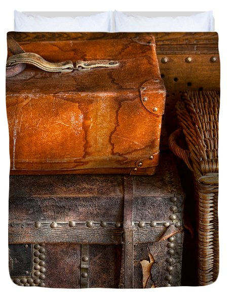 Americana - Emotional Baggage  Duvet Cover by Mike Savad