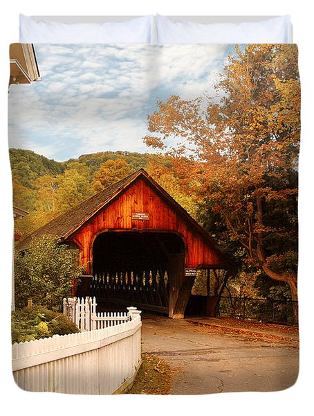Architecture - Woodstock Vt - Entering Woodstock Duvet Cover by Mike Savad