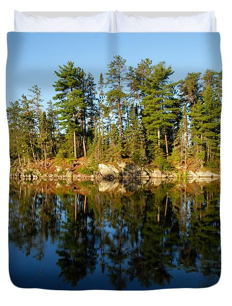 Awesub Morning 2 Duvet Cover by Larry Ricker