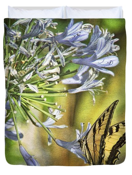 Backyard Nature Duvet Cover by Peggy Hughes