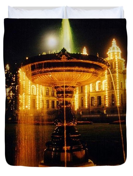 Beautiful Fountain At Night Duvet Cover by John Malone