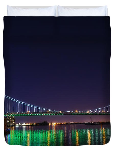 Benjamin Franklin Bridge at Night from Penn's Landing Duvet Cover by Bill Cannon