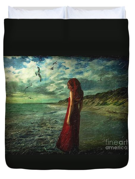 Between Sea And Shore Duvet Cover by Lianne Schneider