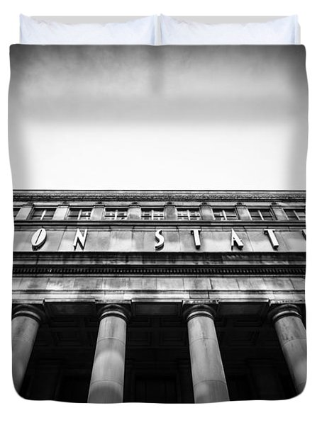 Black And White Chicago Union Station Duvet Cover by Paul Velgos