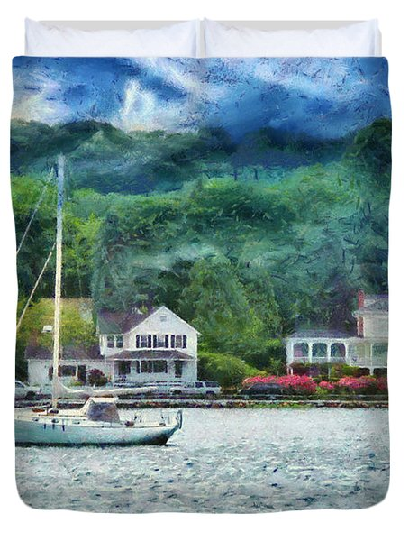 Boat - A good day to sail Duvet Cover by Mike Savad