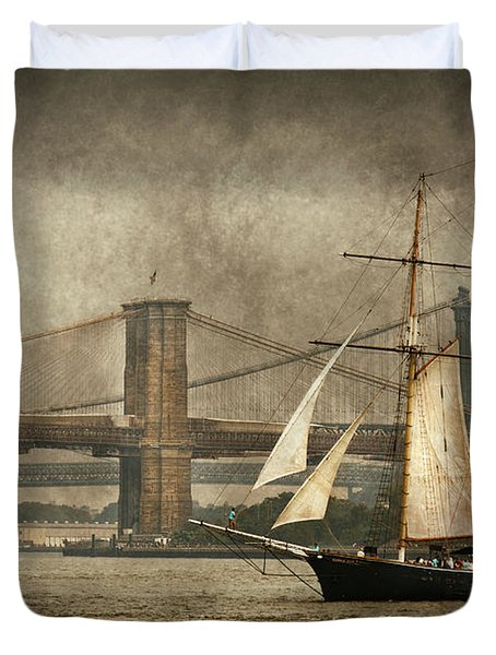 Boat - Sailing - Govenors Island NY - Clipper City Duvet Cover by Mike Savad
