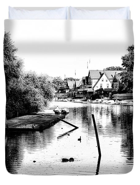 Boathouse Row Lagoon In Black And White Duvet Cover by Bill Cannon