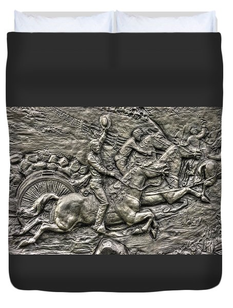 Bringing Up The Battery Detail-b 6th New York Independent Battery Horse Artillery Gettysburg Autumn Duvet Cover by Michael Mazaika