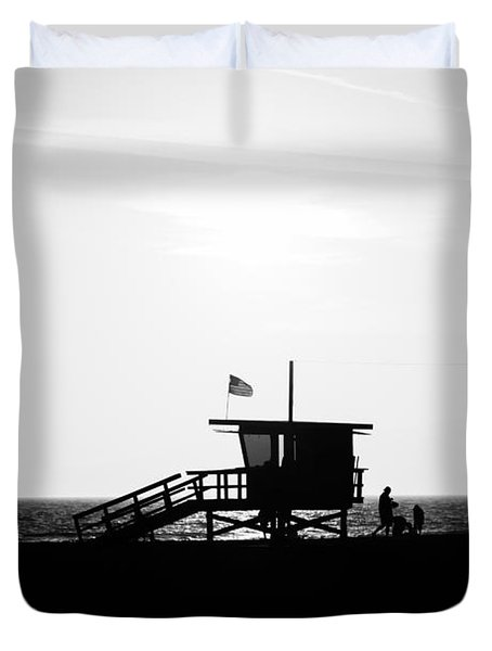 California Lifeguard Stand In Black And White Duvet Cover by Paul Velgos