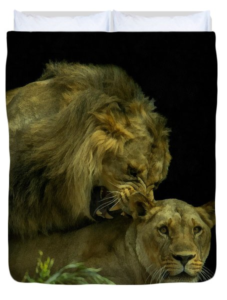 Call Of The Wild 2 Duvet Cover by Ernie Echols